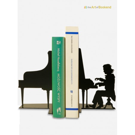 The set of bookends Ludwig van Beethoven on his piano. Height 19 cm. Steel laser cut