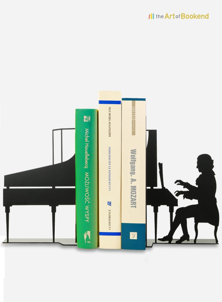 Ensemble de serre-livres Wolfgang Amadeus Mozart jouant à son piano. Création en métal par découpe laser. Hauteur 19 cm