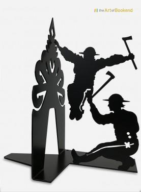 Serre-livres Górale qui présente un danseur folklorique des montagnes Tatras. Version couleur noir. Hauteur 19 cm