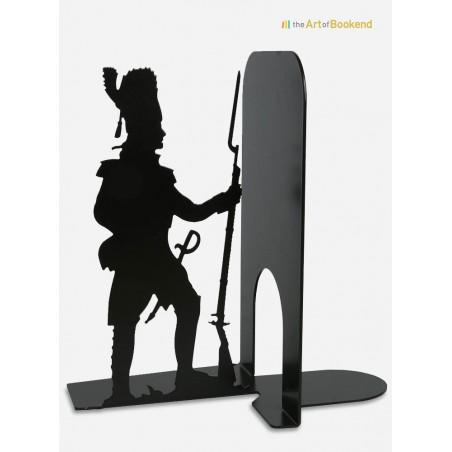 Serre-livres Grognard sur le thème des armées de Napoléon. Création en métal par découpe laser. Hauteur 19 cm