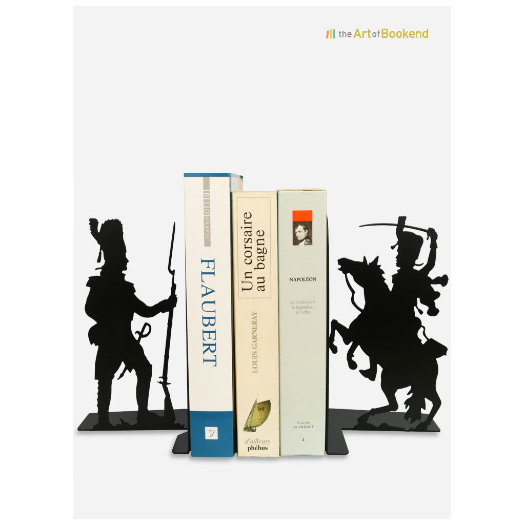 The set of bookends Grognard and Hussard of the french imperial guard. Steel laser cut. Height 19 cm
