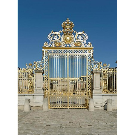 The Royal gate made under the reign of Louis XIV around 1680 by Jules 
