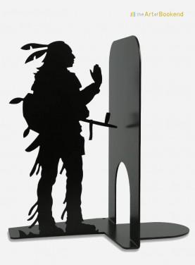 Serre-livres Indien Sioux sous les traits de l'acteur américain West Studi. Hauteur 19 cm. Serre-livres en métal. Série USA